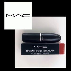 NIB MAC Classic Retro Red Lipstick/Ruby Woo